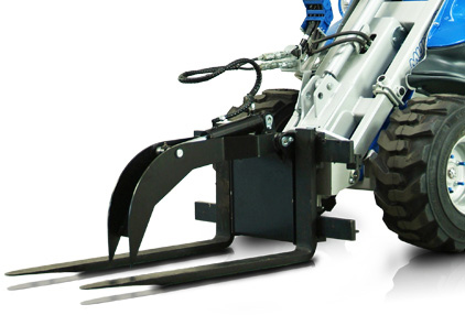 MultiOne pallet fork with hydraulic clamp